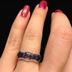 Gorgeous Sapphire Silver Ring